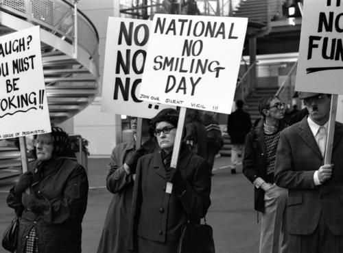No smiling day