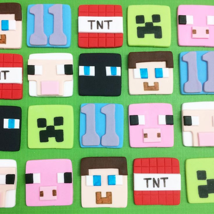 Minecraft fondant cupcake toppers