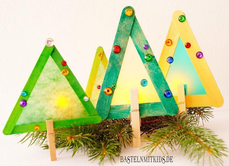 Tannenbaum basteln mit Kindern. Schnell und einfach einen Tannenbaum basteln, der auch eine schöne Weihnachtsdeko ist
