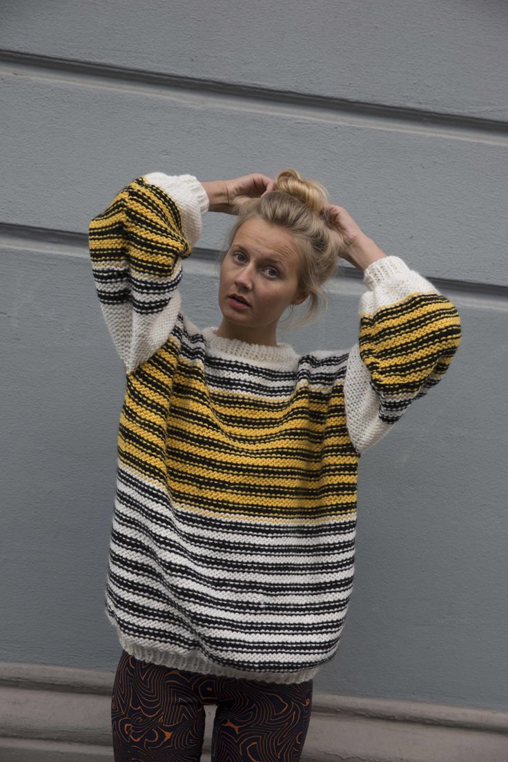 THE WASP SWEATER5_L.jpg