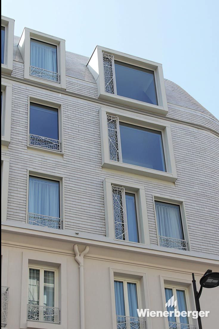 The architect of the XO Hotel in Paris needed a lightweight material to extend the building skywards and something flexible that could be used to create the curves and support the tiling of the dome. The white glazed smooth Koramic 301 tile was the prefect choice – easy to fit to the roof battens, like cladding, and small enough to shape the curves needed Image: Nicolas Waltefaugle