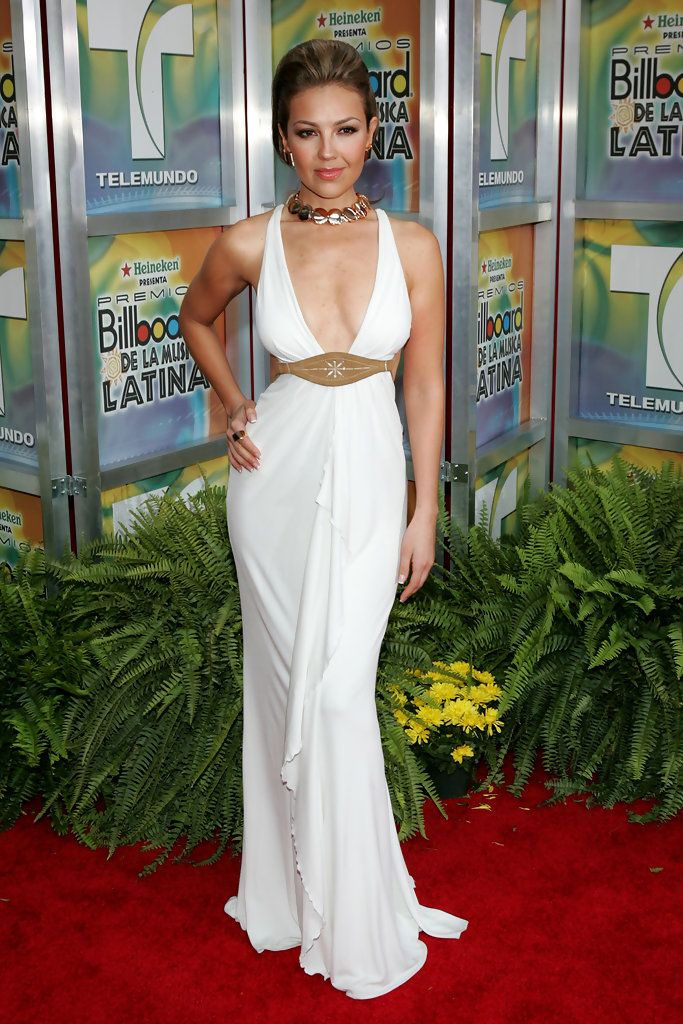 @Lady Lady T Singer Thalia arrives for the 2005 Billboard Latin Music Awards at the Miami Arena April 28, 2005 in Miami, Florida.