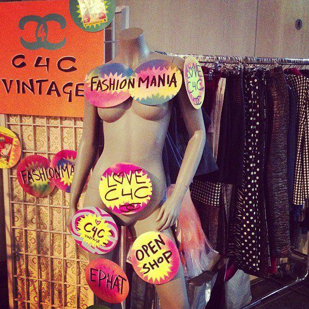 Amsterdam Fashion Week C4CVintage & Partners — bij Posthoornkerk. http://lnkd.in/3EVVDV