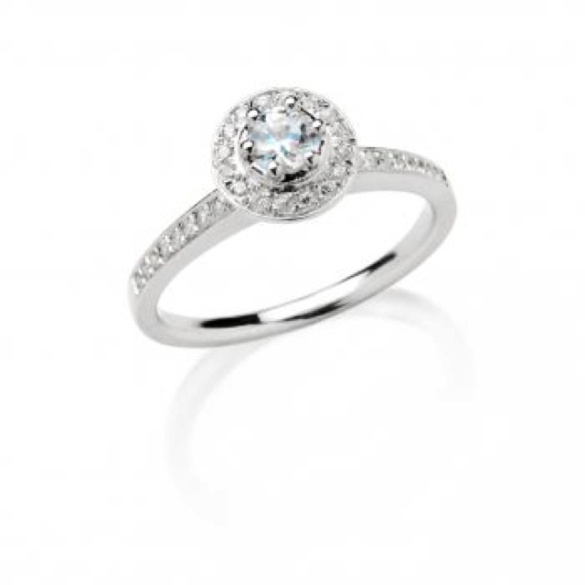 s halo from spence diamonds my ring pretty