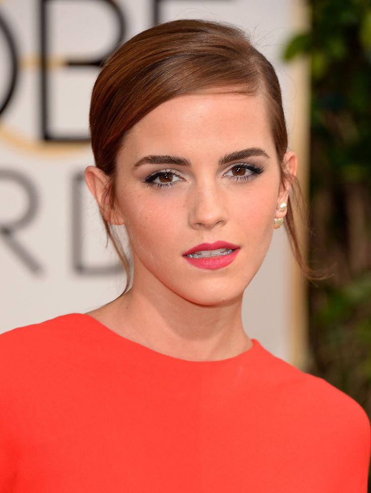 Emma Watson looked absolutely gorgeous at the Golden Globes