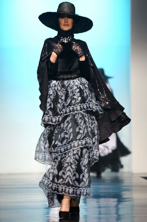 93 Best Images About Indonesia Hijab Style On Pinterest Fashion Weeks Models And Showcase Design