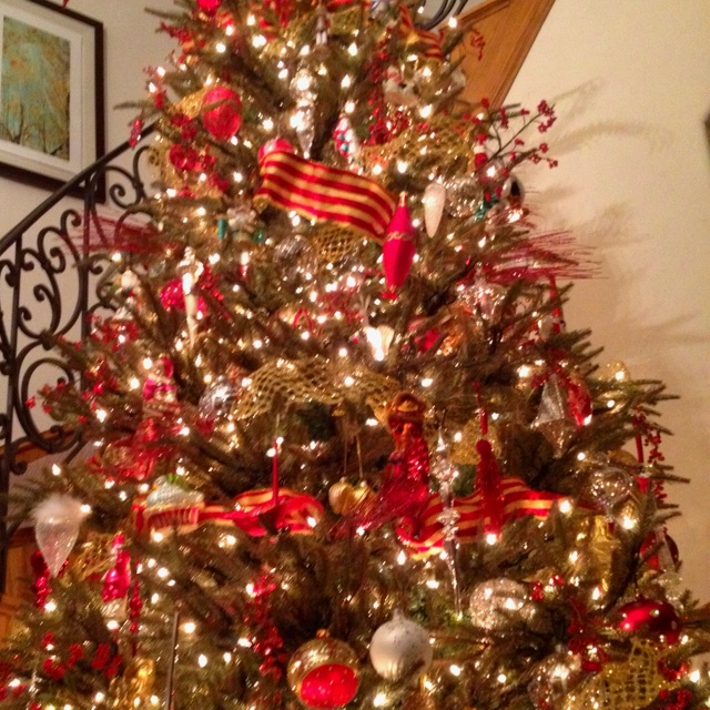 Red And Gold Christmas Tree Chrstmas Ideas Pinterest