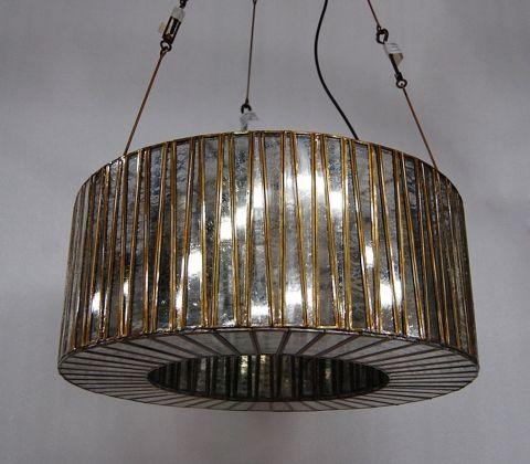 Бра «Рульманн»  в стиле американского арт-деко 20х годов прошлого века. Протравленное стекло и причудливый дизайн наполнят пространство необыкновенным