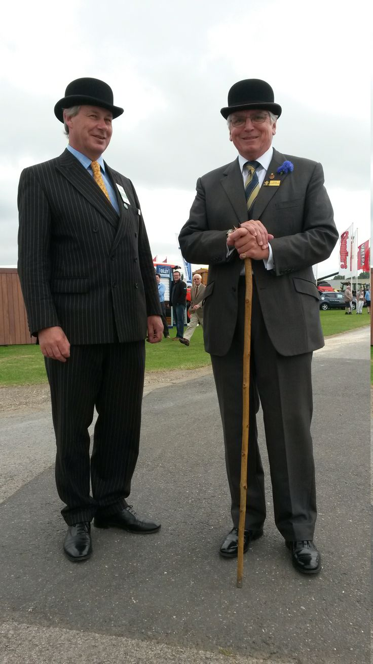 Now this is how a suit should be worn! On the right is Mr John Lockwood, Chairman of the Lincolnshire Agricultural Society and a previous High Sheriff of Lincolnshire, and on the left is Mr William Cracroft-Eley, Chairman of Terravesta, whose family have owned the Hackthorne Hall estate near Lincoln for over 400 years. Very dapper indeed...