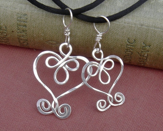 http://may3377.blogspot.com - Matching Mommy and Me set  Mother Daughter Celtic Heart Pendants  by nicholasandfelice, $28.00