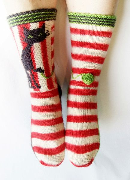 Knitting Pattern For Cat Socks : 17 Best images about Knitted Kitties on Pinterest Wool ...