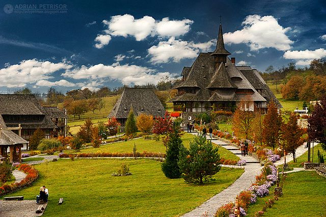 Barsana monastery maramures romania click on the picture for more beautiful pictures of - Most beautiful manors romania ...