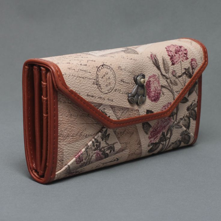 Long Vintage Flower Printing Wallet //Price: $18.50 & FREE Shipping // #purse #backpack #bagsdesigns