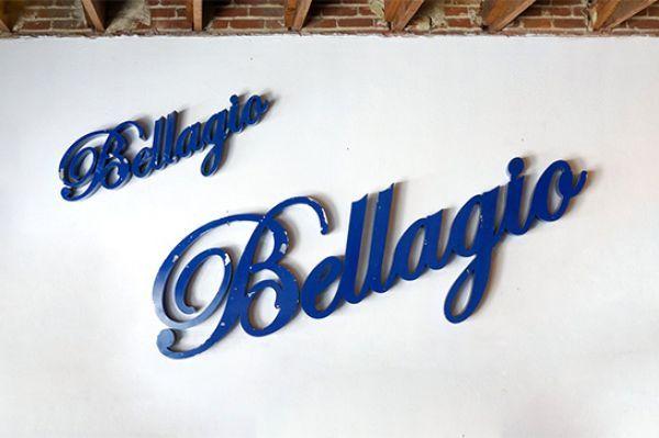 Rehab Vintage LA signs on easy