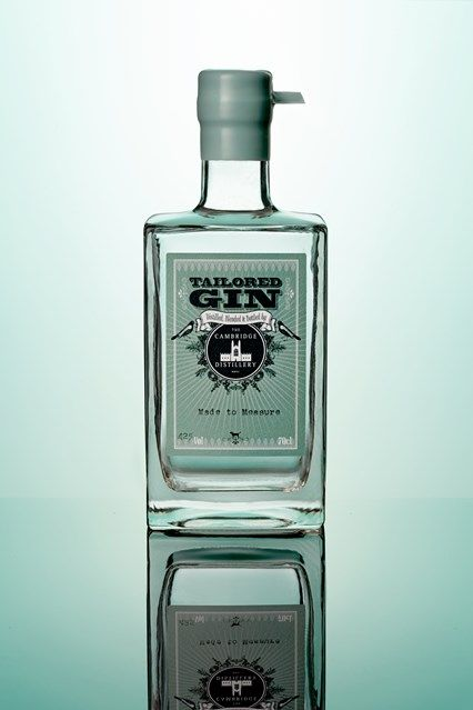 Gin Tailoring at The Cambridge Distillery   A fantastic present for a friend.  #gin #present #whattobuyyourgirl  www.kingdom-london.com