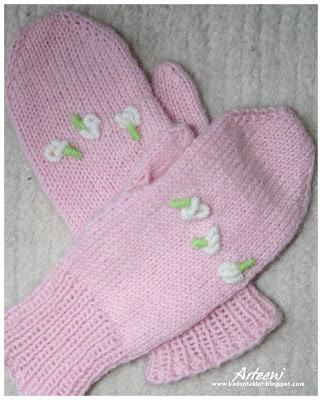 Ninna - knitted mittens