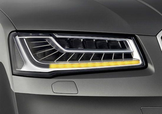 Audi - RS Q3 e nuova A8 - i prezzi   Ne abbiamo tanto parlato, ora finalmente tutto si concretizza nel prezzo di 57.900. Parliamo dell'Audi RSQ3 che da metà novembre sarà consegnata ai primi clienti.  Di serie ci sono l'antifurto volumetrico, i cerchi in lega da 19 pollici, l'assetto...