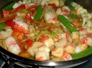 Stirfry Imitation Crab Recipe... Can't help but love im-crab