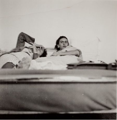 Anonymous, Frida Kahlo and unidentified person, ca. 1930