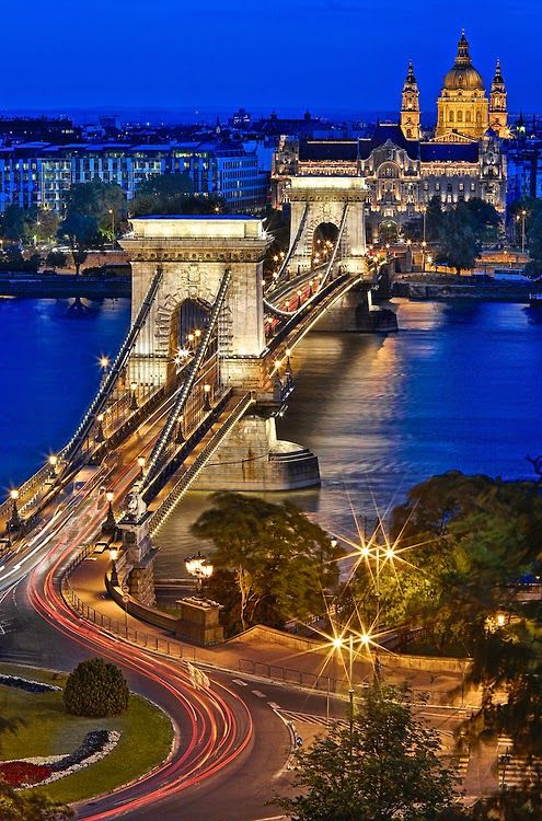 BUDAPEST, HUNGARY  Blue Hour in Chain Bridge  photo by : Luís Henrique Boucault on flickr