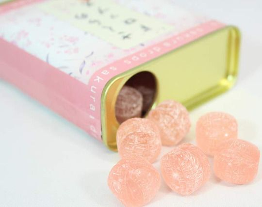 Sakura Canned Drop Candies $6.00 http://thingsfromjapan.net/sakura-canned-drop-candies/ #sakura candy #Japanese candy #Japanese snack