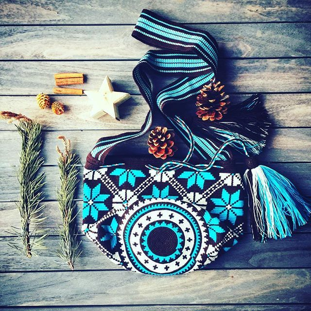 Tuning up for December  #ngo #❤️ #wayuu #style #ethicalfashion #indigenousrights #ootd #love #mochila #fblogger #fashion #fashionblogger  #칠라백 #와유백 #독특한 #排他的 #獨家 #퓨전 #融合 #聚變 #애정 #愛 #愛 #可愛 #fashion #유행 #ファッション #時尚 #taiwan #china #christmaspresent