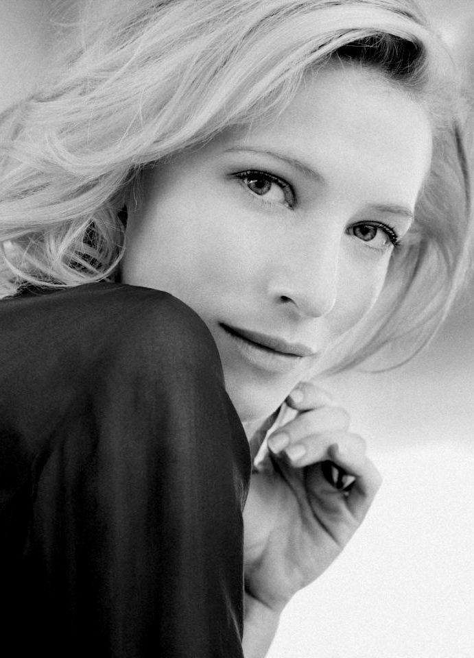 """Cate Blanchett - If you haven't seen her two """"Queen Elizabeth"""" movies, what are you waiting for?"""