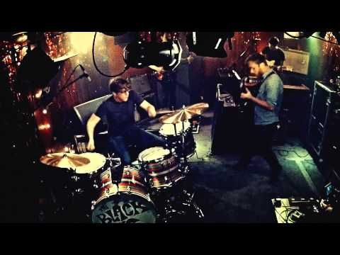 black is beautiful - The Black Keys - Little Black Submarines
