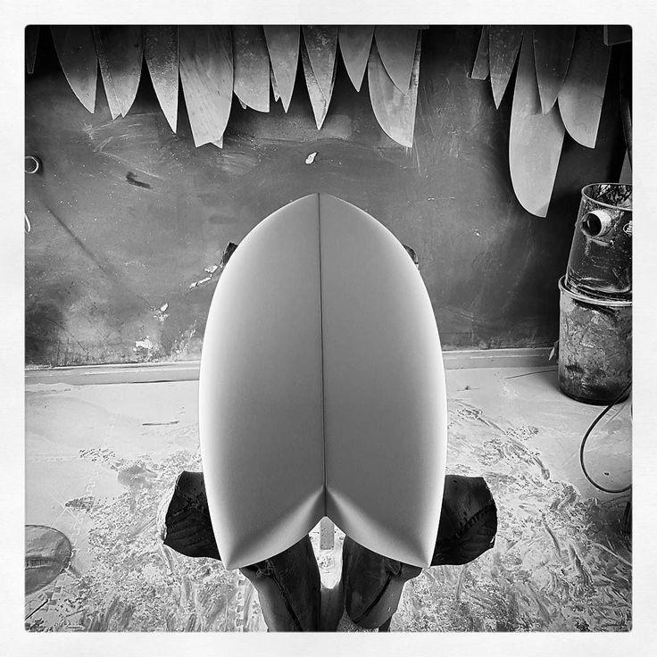 Custom Retro Fish ready for glassing. #visionary #custommade #retro #fish #fishsurfboard #surfboard #madetoorder #bespoke http://ift.tt/19MEsb6 http://ift.tt/1v0LElc