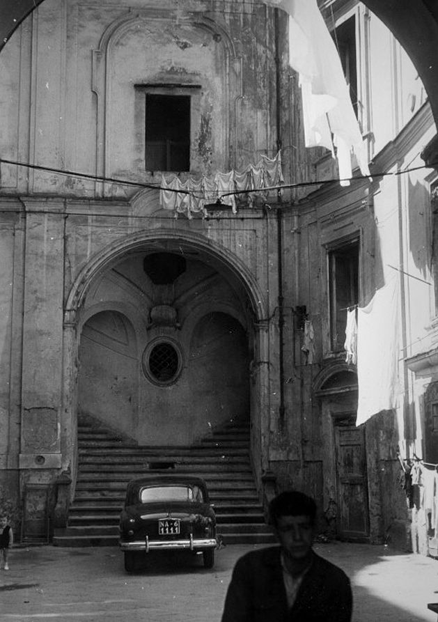 """ofhouses: """"412. Ferdinando Sanfelice ///Palazzo Sanfelice /// Napoli,Italy /// 1724-26 OfHouses guest curated by Studiospazio: """"The building faces a narrow street, where it is difficult to perceive the facade in its entirety. The magnificent stairs..."""