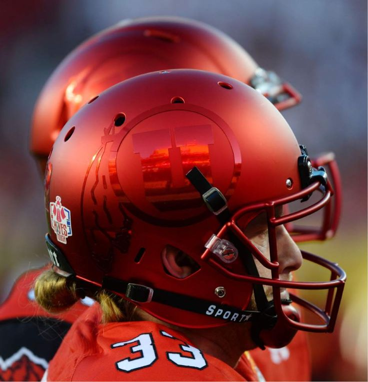 Ute helmet for the 2016 Foster Farms Bowl. (Photo credit: Steve Griffin)