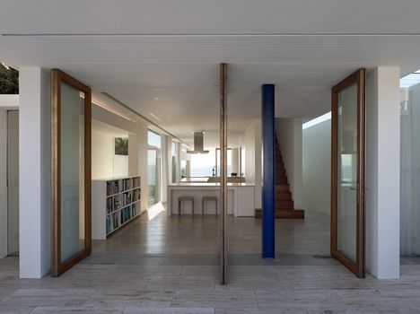 Seacliff House by Chris Elliott Architects: Elliott Seacliff, Open Spaces, Elliott Architects, Interiors Design, Seacliff House, Chris Elliott, Glasses Doors, White House, Architecture Design