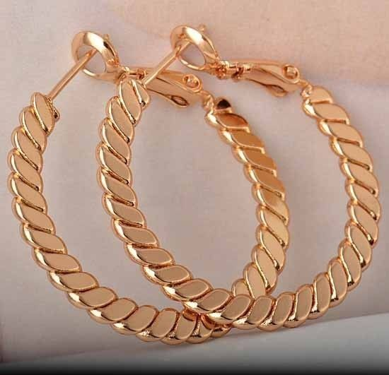 9K rose gold-filled, rope knot, hoop earrings, 30mm diameter @ AUD$12.50 + postage or local pick up available.