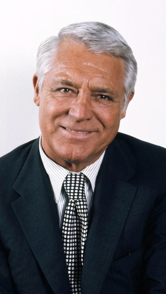 A classy Cary Grant, (so handsome, great actor too)