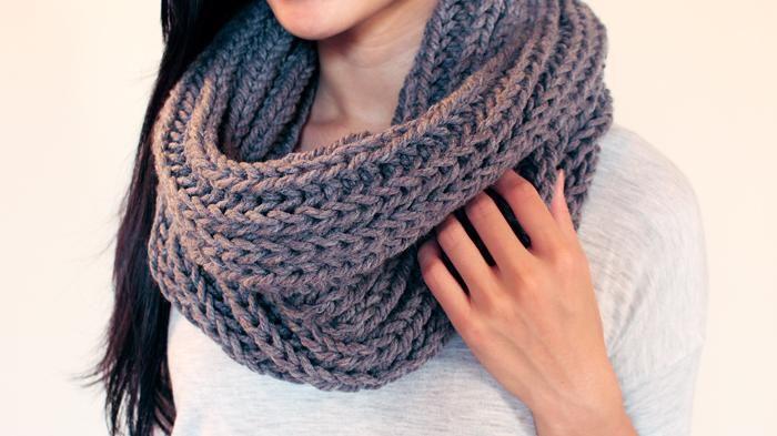 Aksesoris Wanita - Duh, Musim Hujan Pasti Pingin Kehangatan Ya? Beberapa Syal Ini Solusinya!