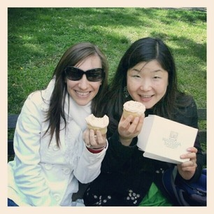 Central Park eating cupcakes from Magnolia Bakery!