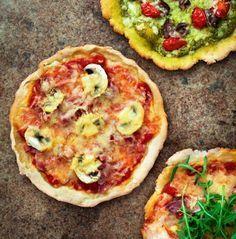 Glutenfri pizzadeg. God och krispig. Bytte ut sojamjölet mot havremjöl.