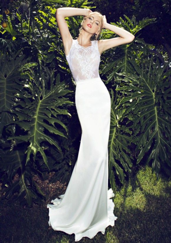 Fabulous Monique Lhuillier Magical Corset Eternity Skirt Size Used Wedding Dresses