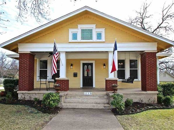 19 best images about historic dream home attainable on for Craftsman style homes for sale in texas