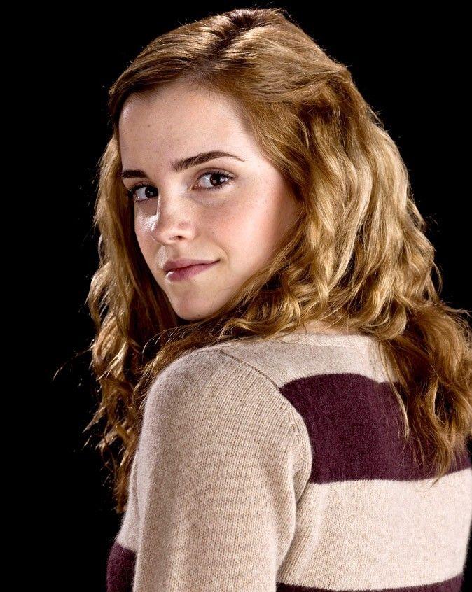 Hermione Granger Cree par J. K. Rowling Personnage joué par Emma Watson Née…