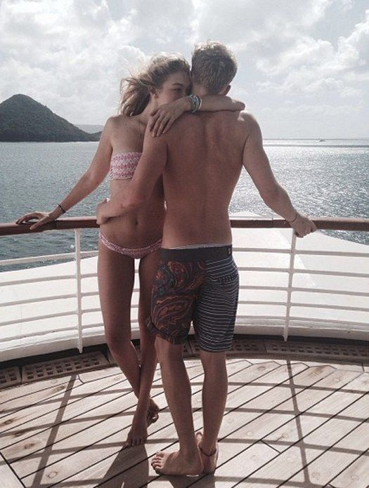 Cody Simpson spends Christmas and New Year's with his girlfriend Gigi Hadid!