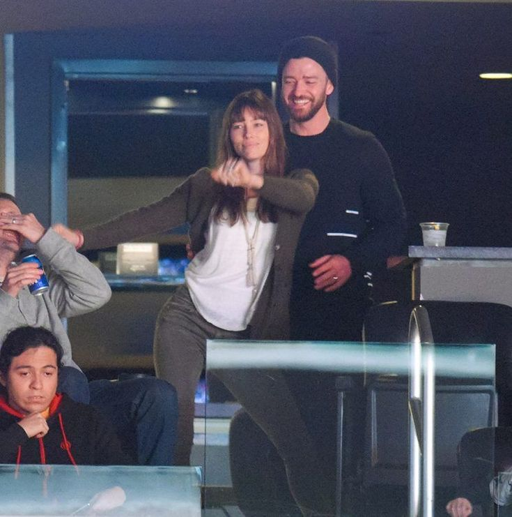 For Justin Timberlake and Jessica Biel, love and basketball go hand in hand.  The cute couple was especially playful Tuesday as they watched their Memphis Grizzlies (JT is a part owner of the team) play the Los Angeles Lakers at Staples Center.