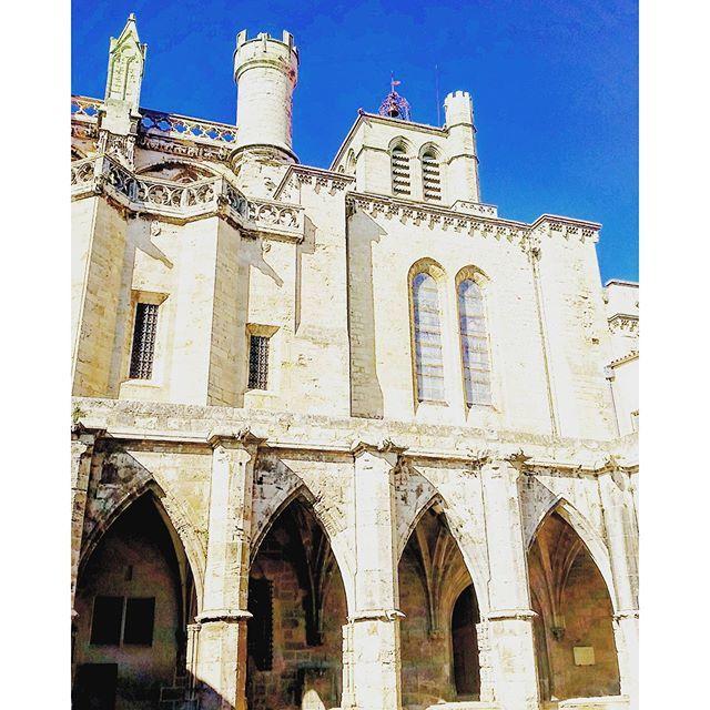 #Béziers #latergram  #Cathédrale #SaintNazaire #gothique méridional & #cloître XIVe s.  #clochersdefrance #clocher #herault #LanguedocRoussillon #sud #suddefrance #southfrance #igersfrance #ig_france #igers_herault #architecture #instarchitecture #architectureporn #architecturelovers #trésorspatrimoine #patrimoine #gothic #church #cathedral #eglise #cloister