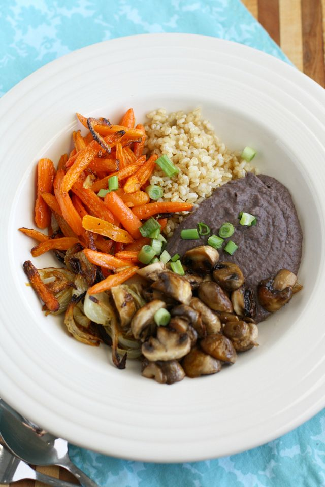 Hearty and healthy, this roasted veggie bowl with brown rice is a delicious lunch or dinner. Vegan and gluten free.