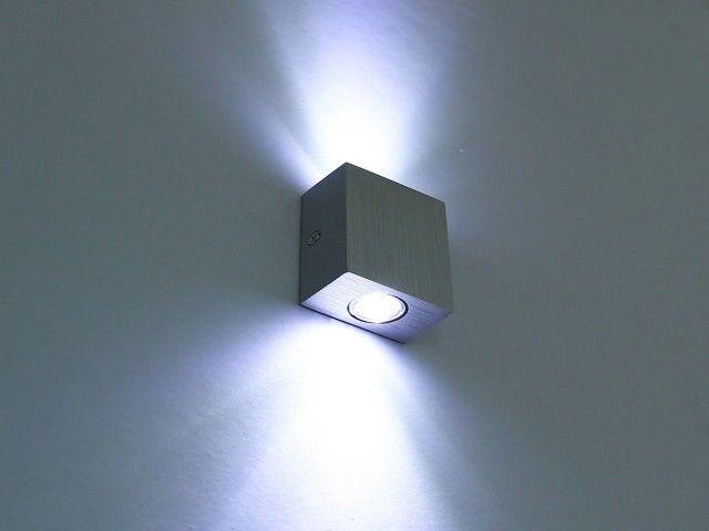 Five doubts you should clarify about up down wall light home