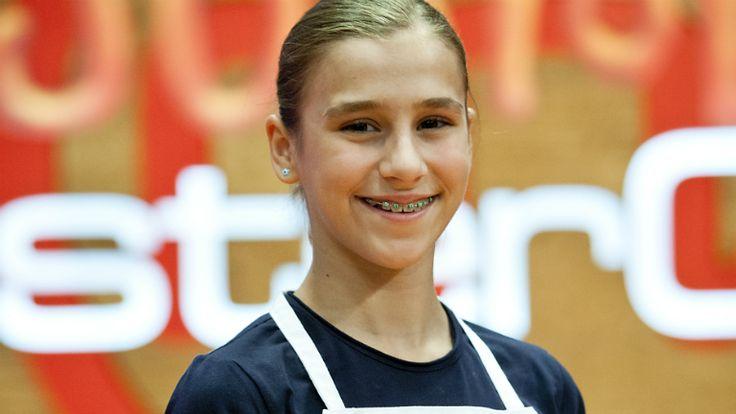 MasterChef Junior - Cristina. 12 años, 1º de ESO (León) se presenta y dice lo que le gusta