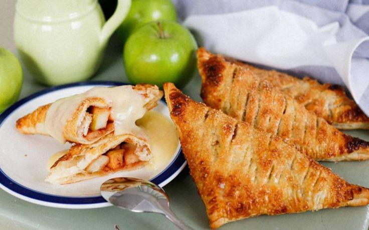 Smördegspiroger med äpple och kanel
