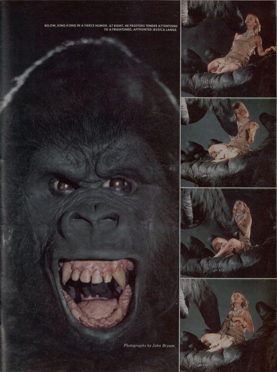 Jessica Lange nue dans King Kong - Elles se mettent
