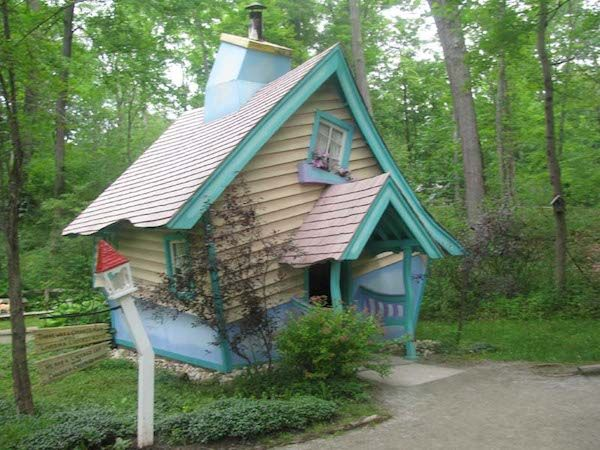 Storybook Forest is a featured attraction at Idlewild Park in the Laurel Highlands near Ligonier, Pennsylvania. It features thirty-three scenes and landmarks from an array of children's fairytales and fables, including The Little Engine That Could, Jack and Jill, Humpty Dumpty, Aladdin, The Three Little Pigs, and Alice in Wonderland.