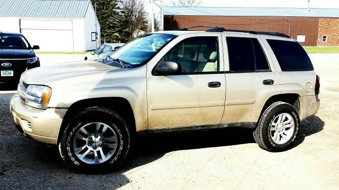 2007 Chevrolet Trailblazer Ss >> My 2006 trailblazer. 2.5 inch leveling kit. 1.5 in adapters. Stock Silverado pull off rims and ...